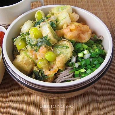 海老と銀杏のかき揚げ蕎麦弁当02