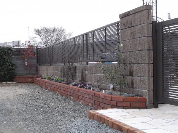 20130207塀花壇