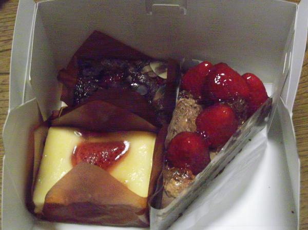 201302242月20日康夏ケーキ②