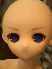 眉毛の太さは2倍ですがFメイク。