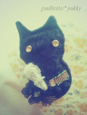 黒猫コサージュブローチピン