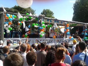 30juin2012+gayparade11_convert_20120703034721.jpg