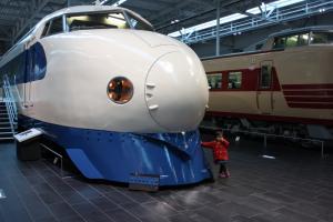 新幹線とそらまめ 12.4