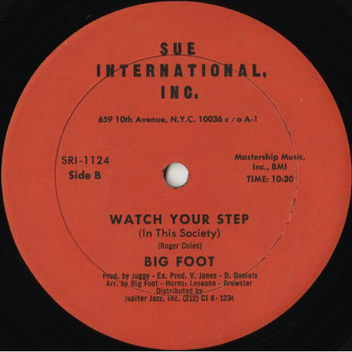 DG_BIG FOOT_WATCH YOUR STEP_201301