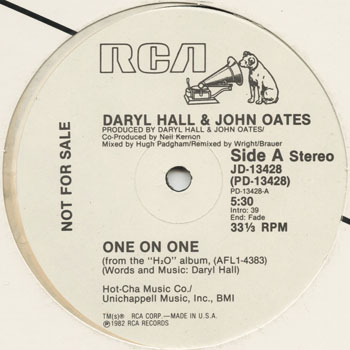 DG_DARYL HALL  JOHN OATES_ONE ON ONE_201303