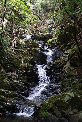 品の滝 6