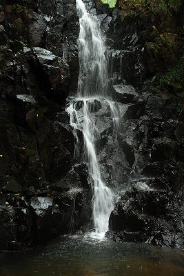 品の滝 12