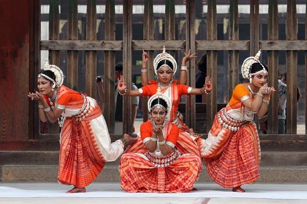 東大寺 インド舞踊1