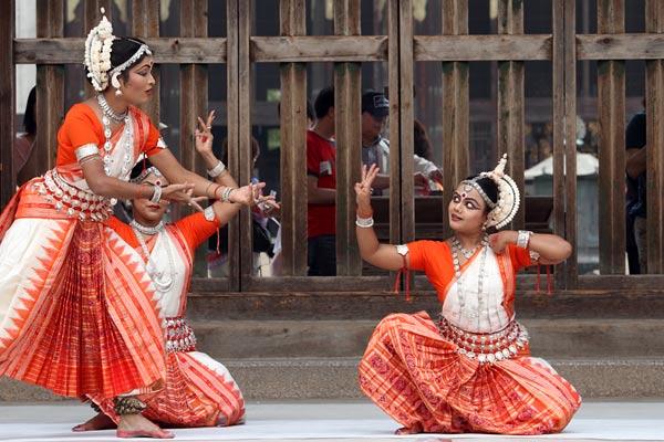 東大寺 インド舞踊2