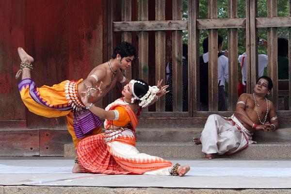 東大寺 インド舞踊4