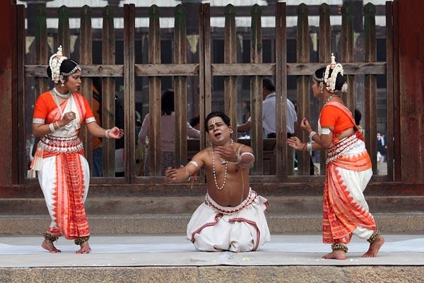 東大寺 インド舞踊5