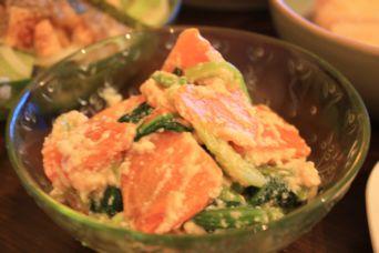 小松菜と柿の白和え