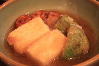 豆腐とアボカドの揚げ出し