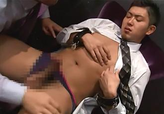 [男のプリケツ] ゲイ動画:スーツのエロ可愛イケメンの誰にも言えない秘密 !!