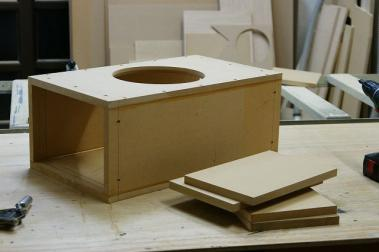 ウーファーBOX製作開始