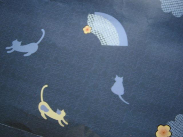 和柄の猫紙袋♪