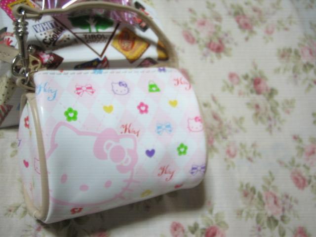 袋にはキティのミニバック♪可愛い♪