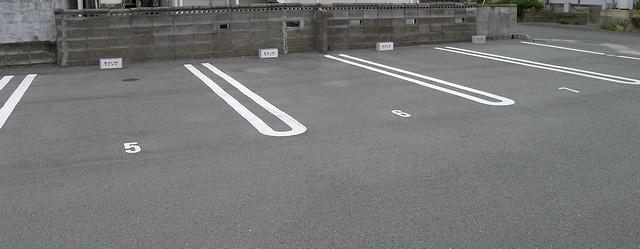 201205モナリザ駐車場02