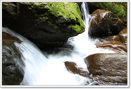 waterfall_2.jpg