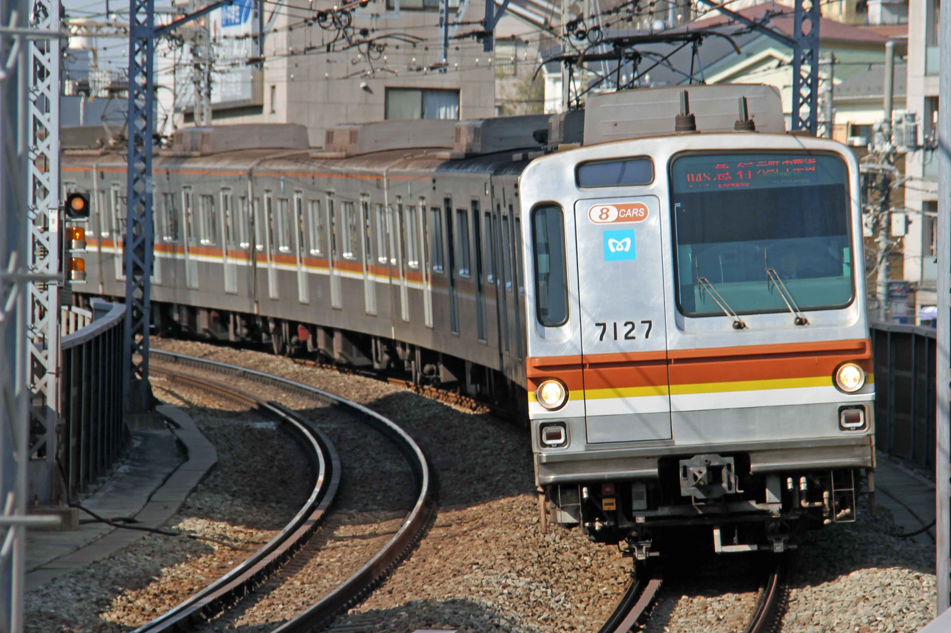 東京メトロ副都心線7000系電車01