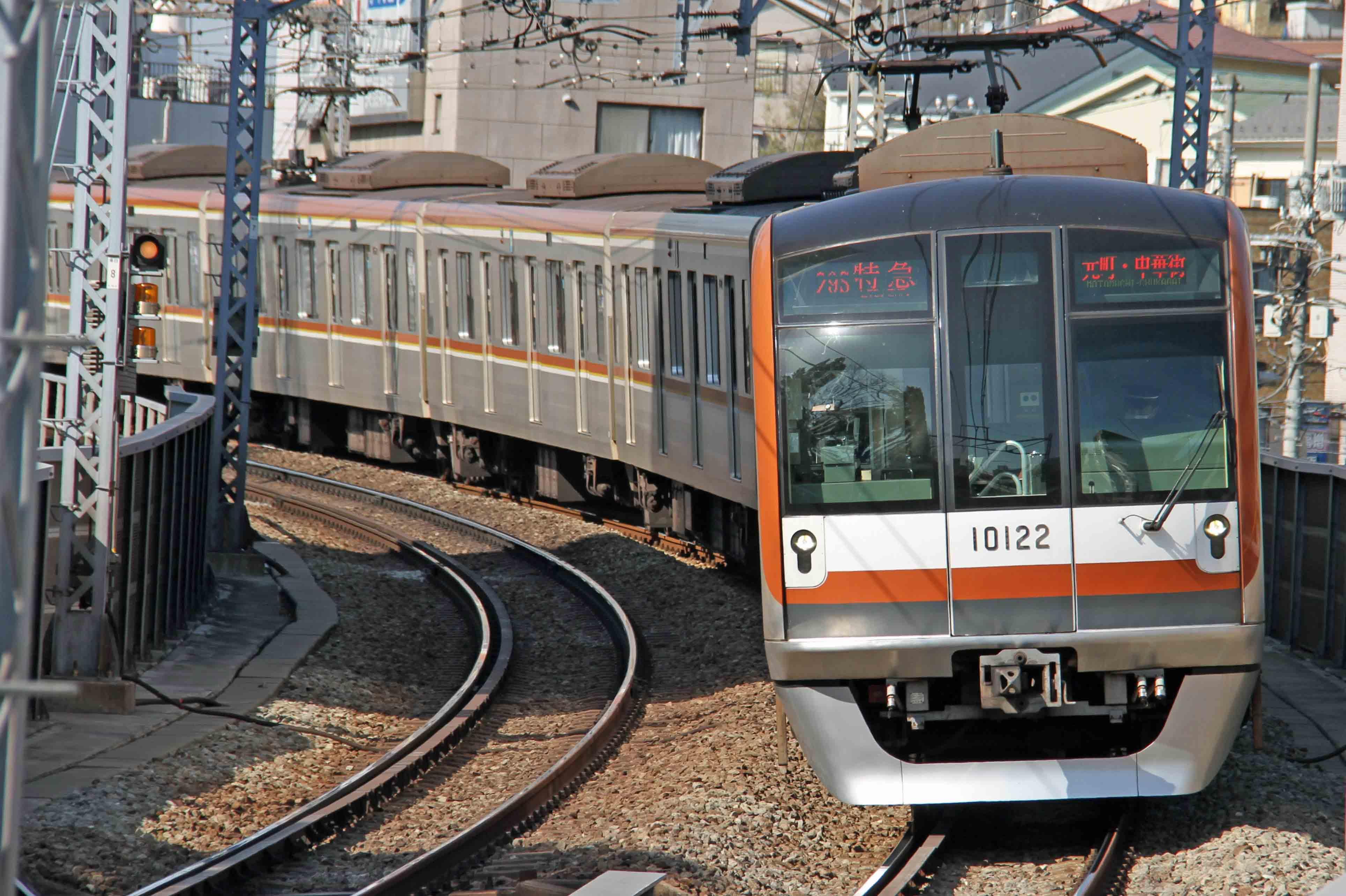 東京メトロ副都心線10000系電車01