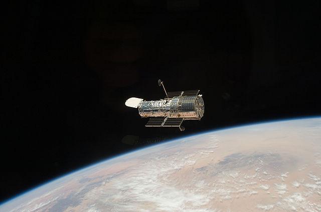 640px-Hubble_telescope_2009.jpg