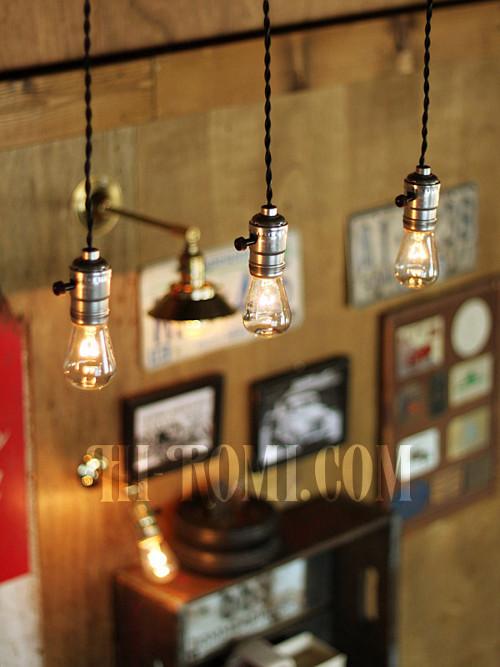 USAサークルFヴィンテージターン式アルミ製SilverソケットペンダントライトA/アンティーク照明ランプ工業系/店舗設計・スチームパンク・施工・設計・計画・建築