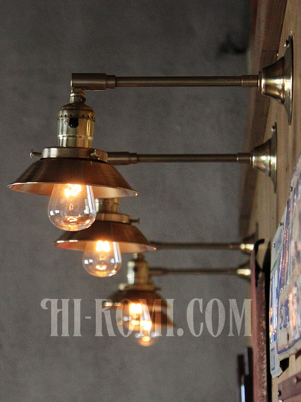 USAヴィンテージミニシェード&角度調整付き真鍮製ブラケットA/アンティーク工業系照明壁掛ランプ/店舗設計・スチームパンク・照明計画・リノベーション・施工・設計