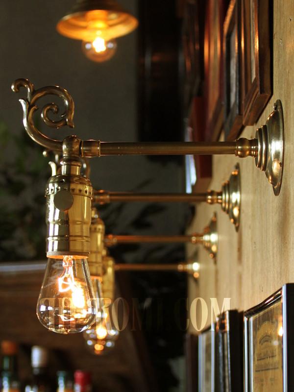 USAヴィンテージフォーリッジスクロールLEVITON社製ソケット真鍮ブラケットA/コロニアル照明アンティークヴィクトリアンライト/唐草