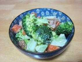 141130-4鶏肉とブロッコリーのマヨにんにくサラダ