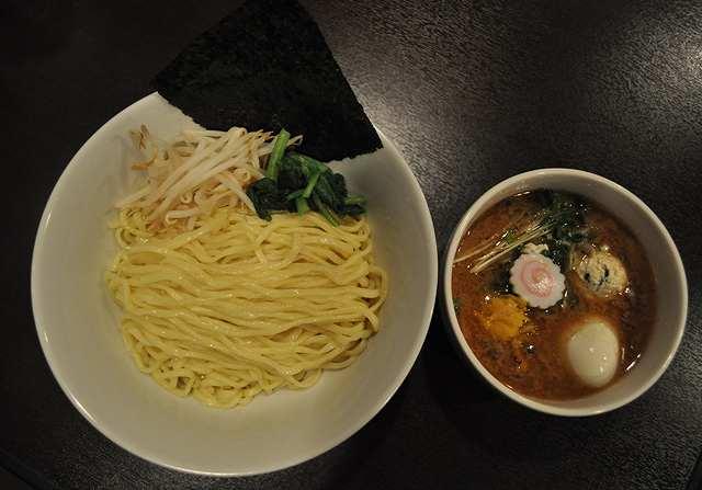 つけ麺激戦区・神保町