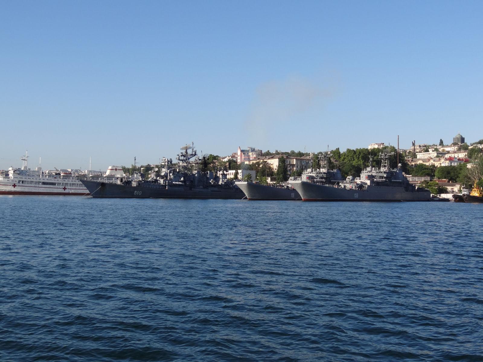 ロシア海軍大型揚陸艦狂想曲(201...