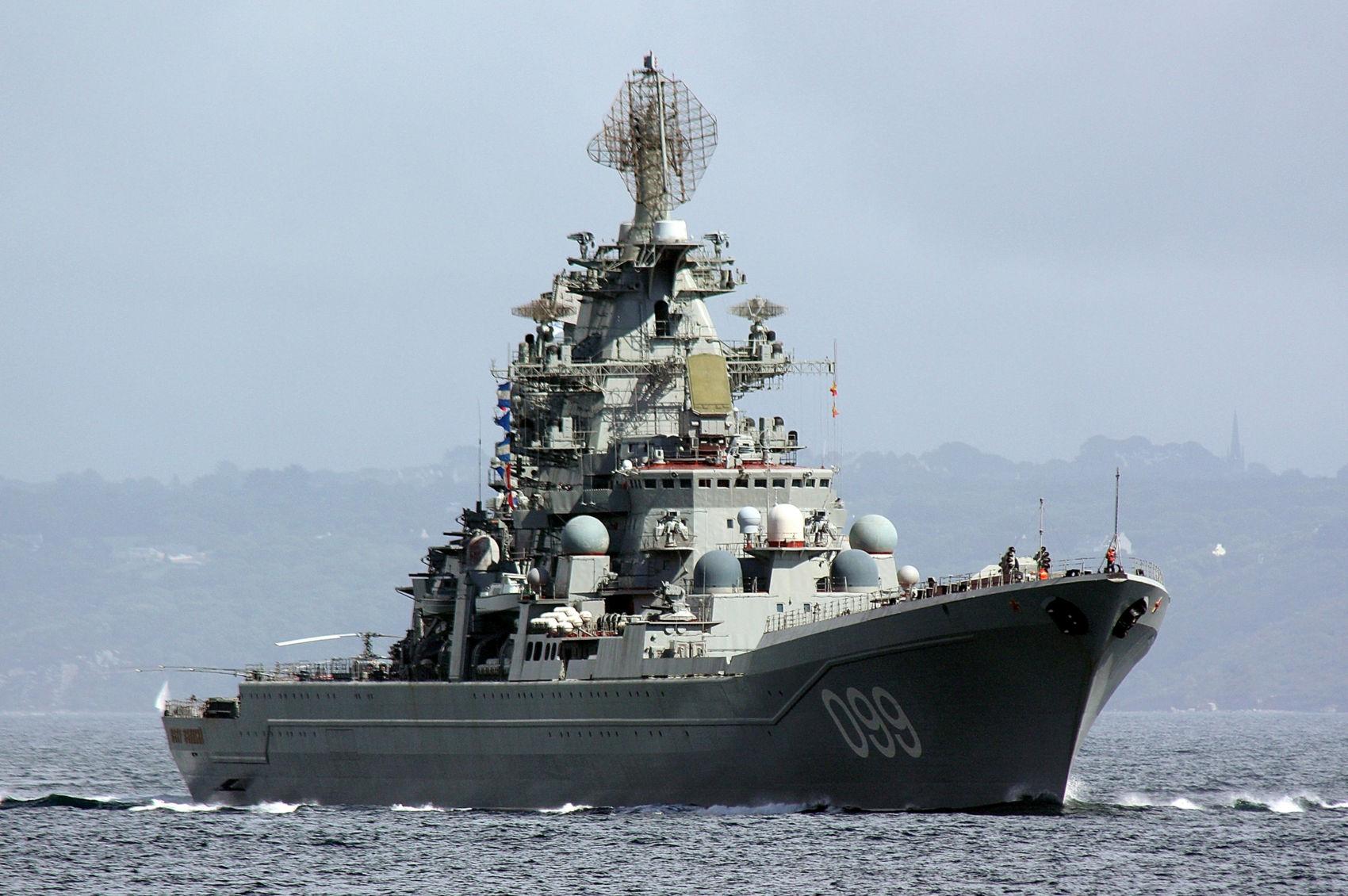 ロシア海軍北方艦隊の重原子力ロ...