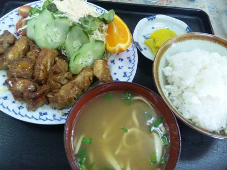 パーラーマリンハウス:鶏肉の照り焼き定食