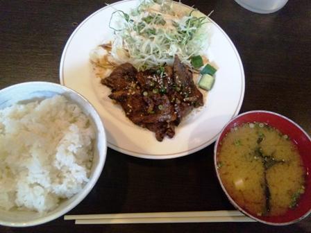 金城本店:肉炒めランチ
