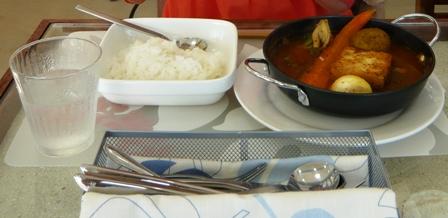 ハイタイドカフェ:島豆腐のスープカレー