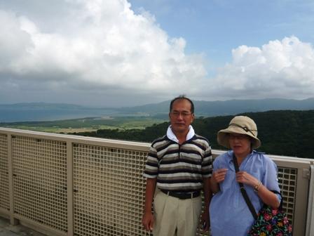 エメラルドの海を見る展望台3