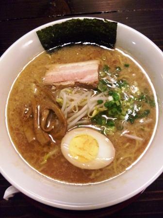 げんき食堂:豚骨醤油ラーメン