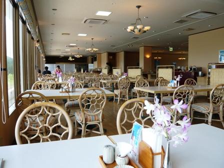 石垣シーサイドホテル:MORA MORA;店内1