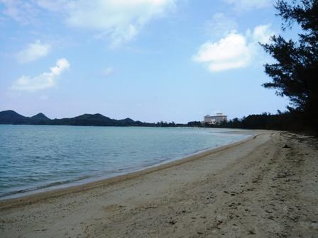 底地ビーチ:海岸