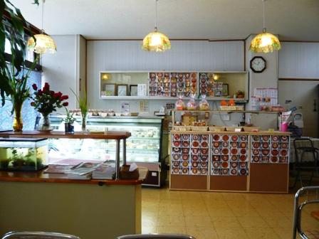 アモンド洋菓子店:店内1