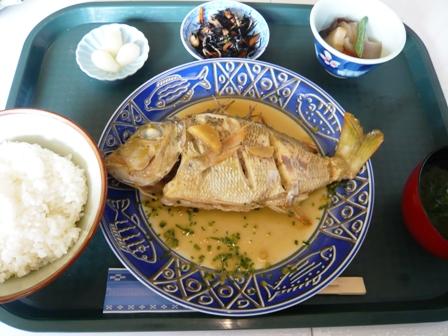 まるなか:魚の煮付け定食