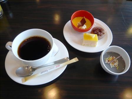 かりゆし倶楽部ホテル石垣島:デザート、珈琲