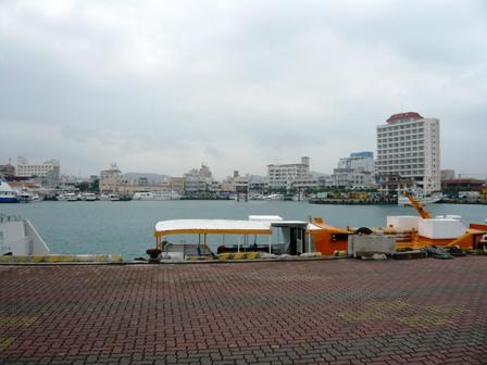 がーら:離島ターミナル方面を望む
