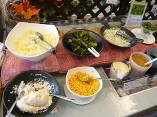 ハーバーサイド:バイキング料理;サラダ