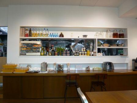 空港食堂ゆうな:店内1