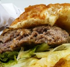 きたうち牧場Burger Shop:極みバーガー3