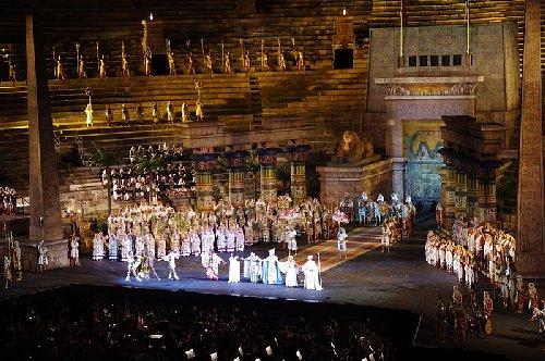 Verona_Aida3ss.jpg