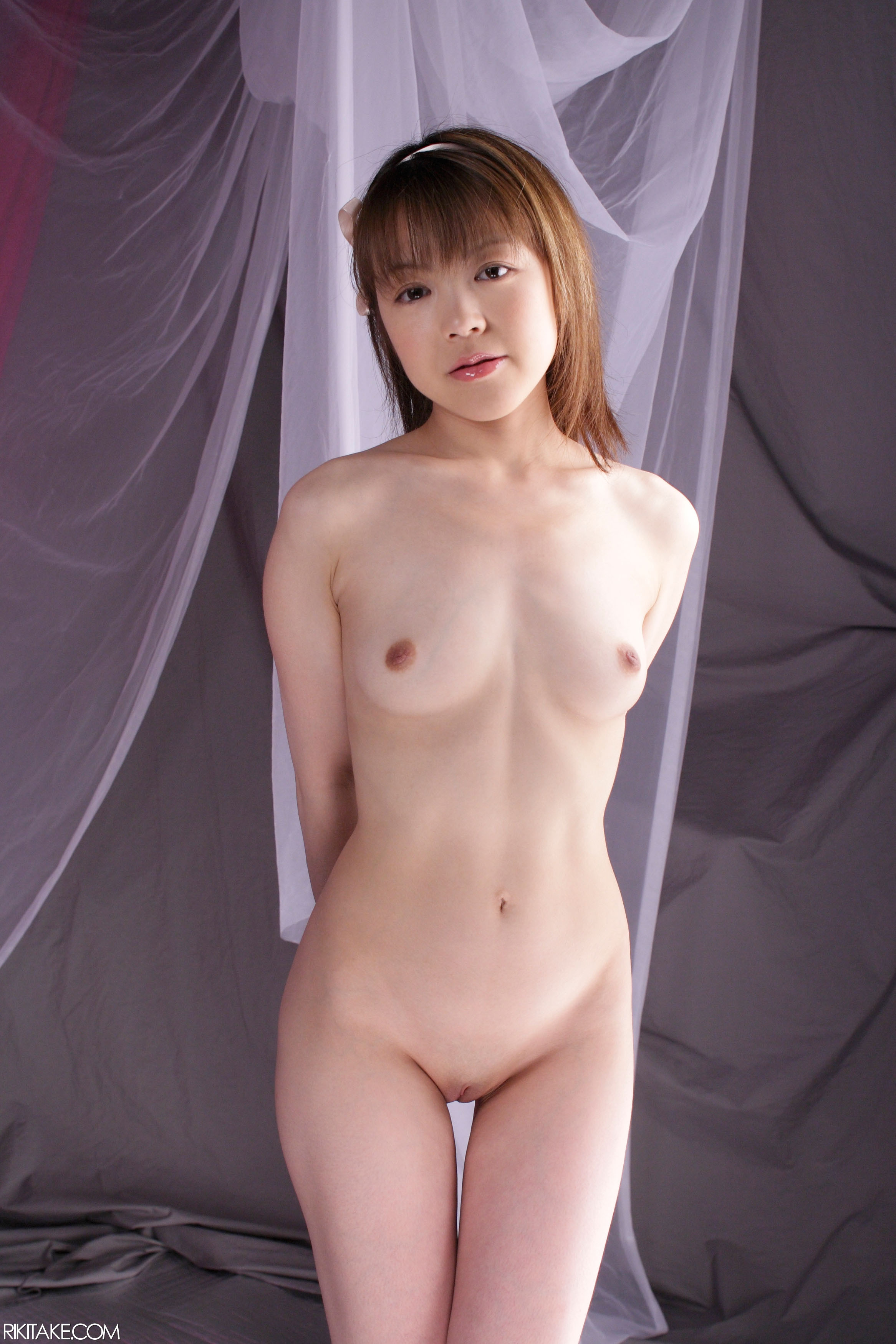 61 rikitake imagesize:2333x3500 Shaved Bottomless Totally Shaved Asian Babe with Coin Slot ...