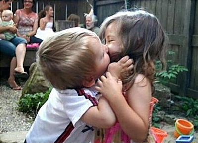 Kids-Kissing2_large.jpg